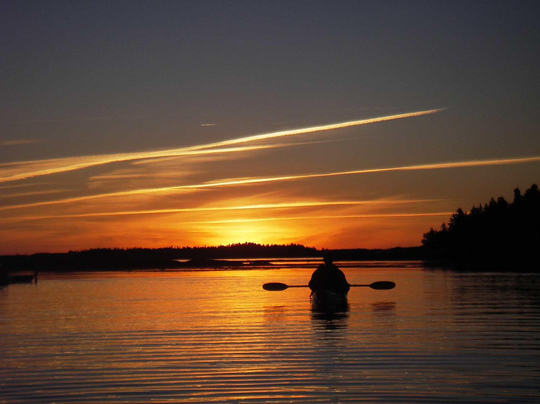 Sunsetkayaker2_000